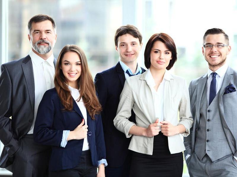 Con gái có nên học ngành quản trị kinh doanh không?
